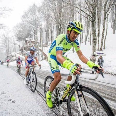 Як їздити на велосипеді взимку в ожеледь